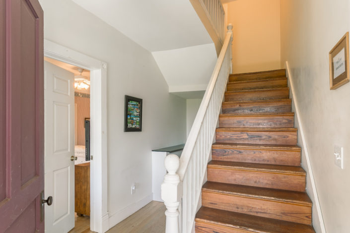 Dixie Cottage central staircase
